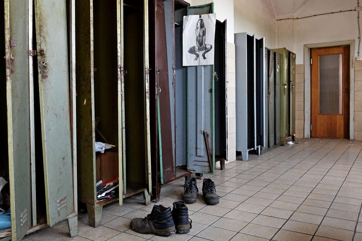 Pavao Toth, Prostor za presvlačenje